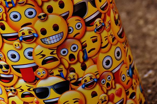 emojis en los dominios